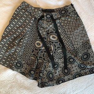 Zara Highwaisted Shorts US Small
